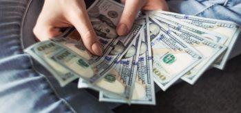 Как деньги делают деньги