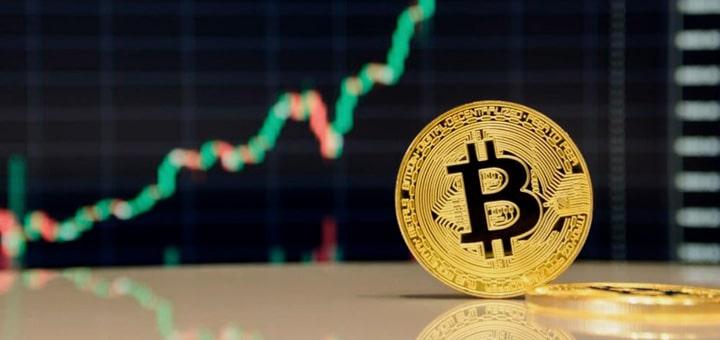 Bitcoin за считанные минуты преодолел отметку $8600