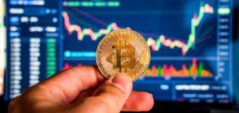 Bitcoin нацелился на новый рубеж в $10 000