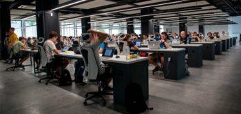 Сотрудники банков не хотят возвращаться в офисы с удаленной работы