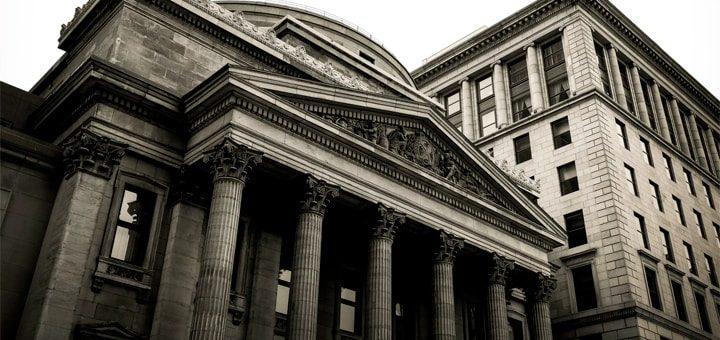 За ближайшие три года с российского рынка уйдут около 100 банков